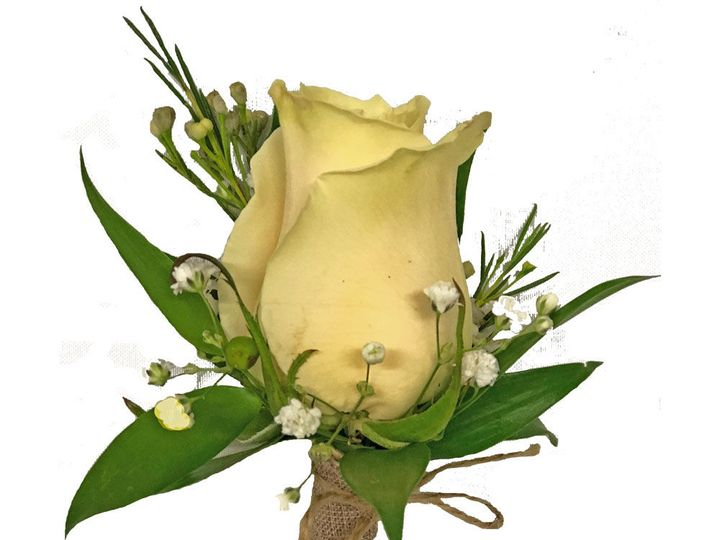 Tmx 1534958586 64c20d8647207a42 1534958585 1c47f21e108c86d2 1534958566522 3 Whiterosebout Clinton, TN wedding florist