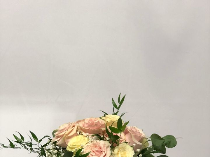 Tmx 1534959161 4253c1e01984629b 1534959159 6ffdfec128778392 1534959139943 5 ThackerBridalBqt Clinton, TN wedding florist