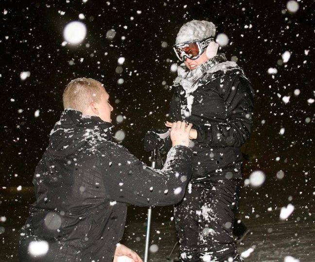 A snowy proposal!