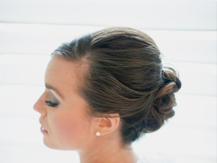 Tmx 1384905159163 Stevenssullivanwatsonstudiosmichaelclairew04690lo Knoxville, TN wedding beauty