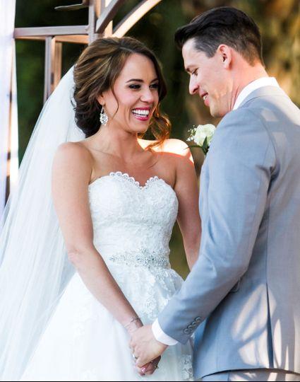 795df44a41efc84a Jenn wedding pic cropped