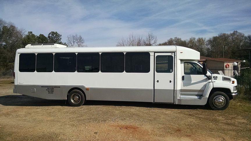 27 pass bus