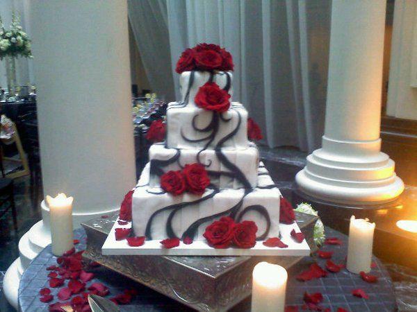 Tmx 1325723251897 Cakesbykharis8 Philadelphia wedding cake
