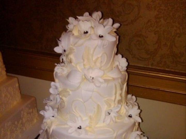 Tmx 1325723359048 Cakesbykharis30 Philadelphia wedding cake