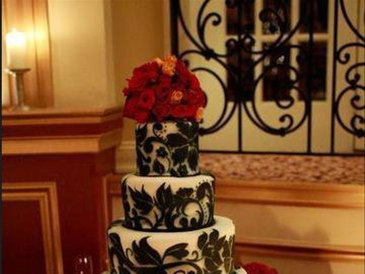 Tmx 1325723426200 Cakesbykharis1 Philadelphia wedding cake