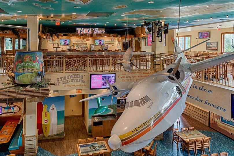 Tiki bar and dining