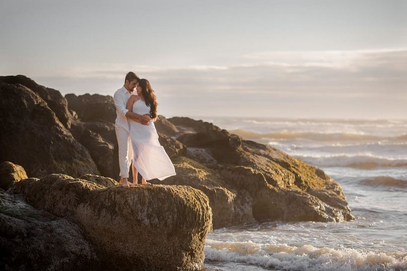 Oregon coast engagement.