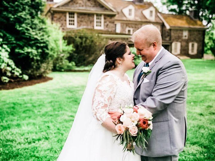Tmx Erin1 51 1890861 157521942356594 Phoenixville, PA wedding florist
