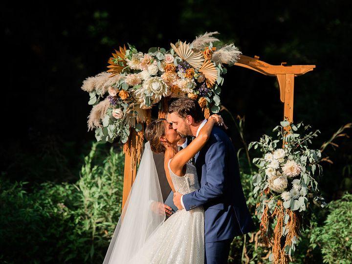 Tmx Img 6903 51 1890861 159985311682981 Phoenixville, PA wedding florist