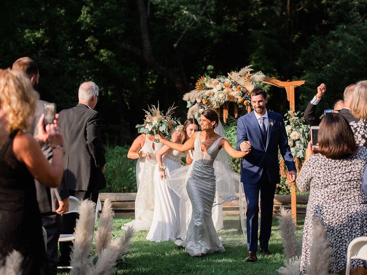 Tmx Img 6904 51 1890861 159985311765958 Phoenixville, PA wedding florist