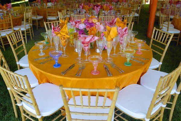 Table setup in yellow