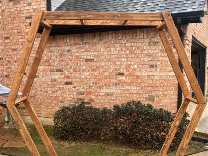 Tmx Hexagon 51 906861 V1 Poolville, TX wedding rental