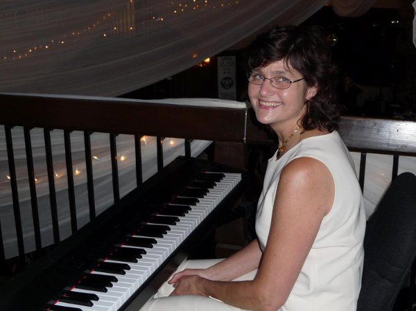 Minnesota Pianist, Sharon Planer, would love to hear from you and discuss how she can create the...