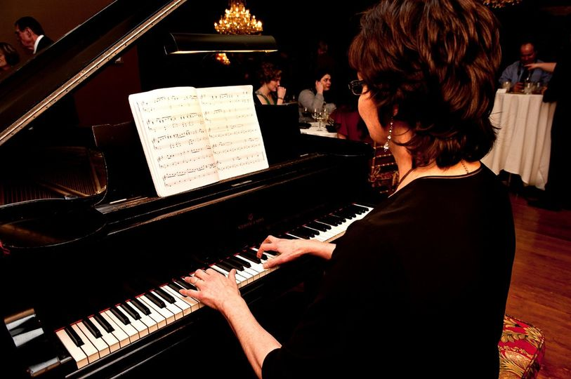 Sharon's jazz standards create the perfect atmosphere for a classy cocktail reception.