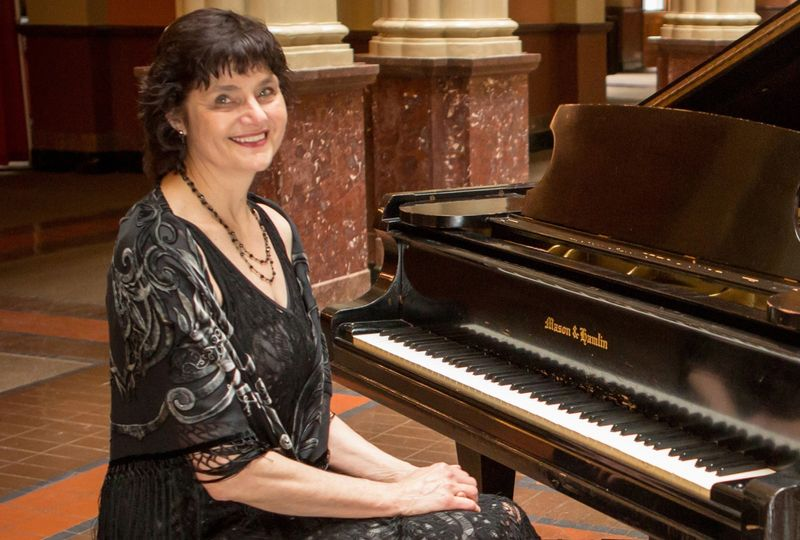 pianist for parties sharon planer 51 36861 158380439059708