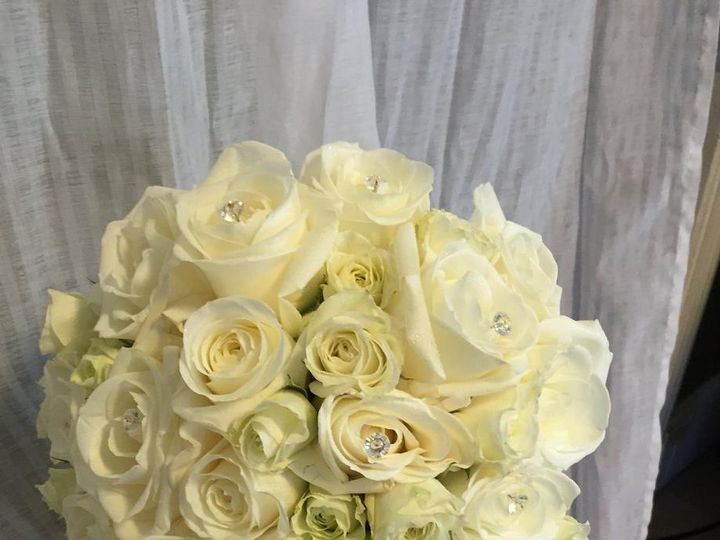 Tmx 13975560 1141439555915817 2109880646677549735 O 51 1046861 Boston, MA wedding florist