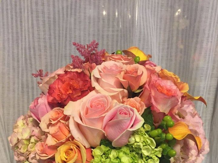 Tmx 14066261 1141440562582383 1603322510860095125 O 51 1046861 Boston, MA wedding florist