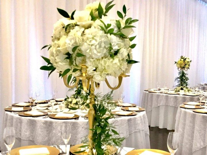 Tmx 20451875 1493971850662584 1245041237788482246 O 51 1046861 Boston, MA wedding florist