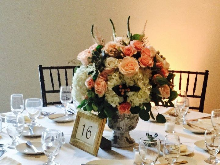 Tmx 20543976 1493989683994134 821260798924844531 O 51 1046861 Boston, MA wedding florist