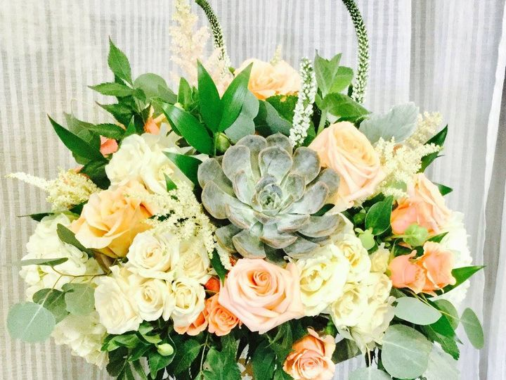 Tmx 20615588 1493971753995927 5886252595107174450 O 51 1046861 Boston, MA wedding florist