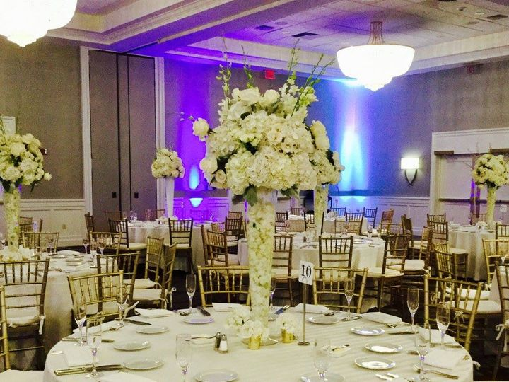 Tmx 20615758 1493971727329263 7370325816470010600 O 51 1046861 Boston, MA wedding florist