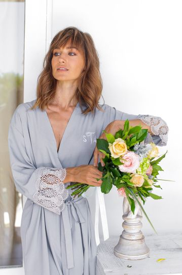Santorini lace robe charcoal