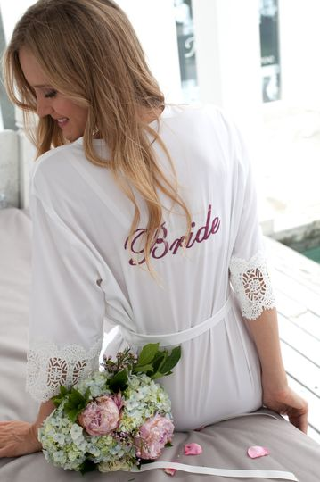 Santorini lace robe white