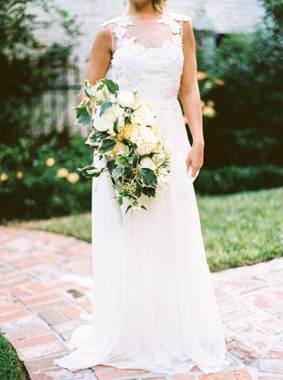 0153f9e27bf97684 1447709102051 secret garden wedding day inspiration 525904