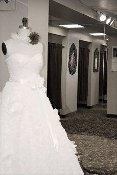 Tmx 1304975210606 Baa0aa1e08054dada8a6d359e7500b3e Bloomfield wedding dress