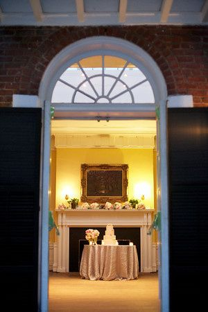 Colonnade Club wedding cake