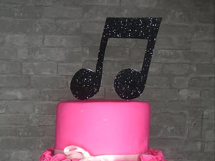Tmx Love And Music 51 1054961 Rego Park, NY wedding cake