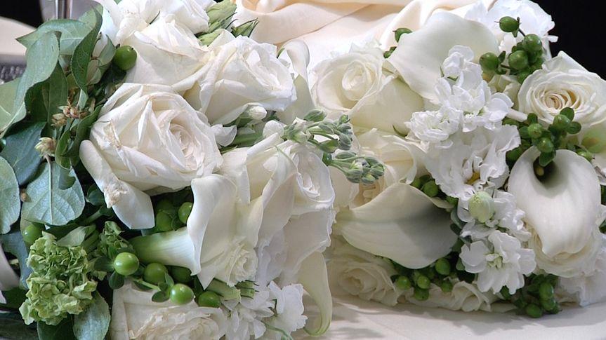 flowers josh and molly snapshot jul 26 2016 35844