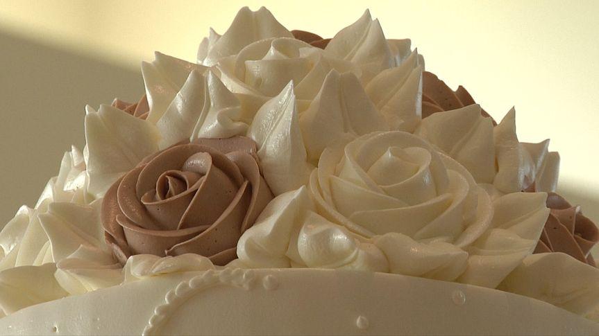 sara and leo cake
