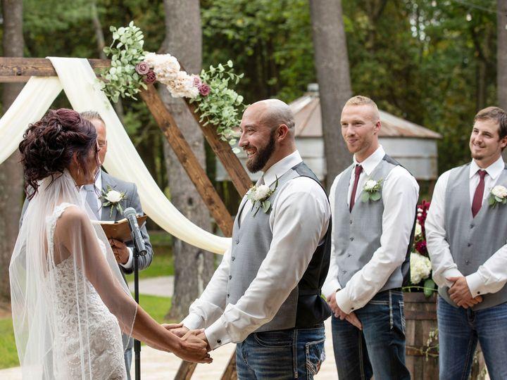Tmx 2019 09 Chelseablairphotography Fahndrichwedding Sneakpeek 40 1 51 1055961 1569507510 Clare, MI wedding venue