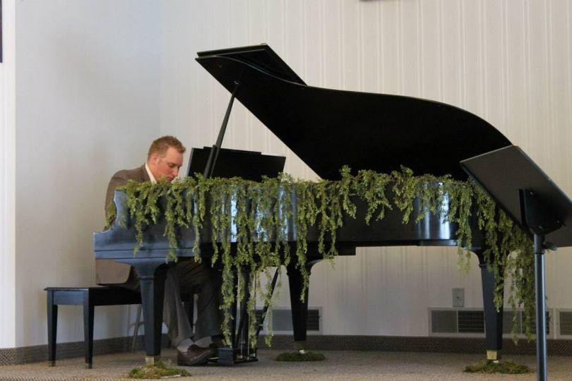 Grand piano with decor