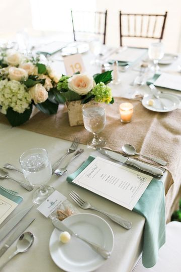 Table setting at the farm