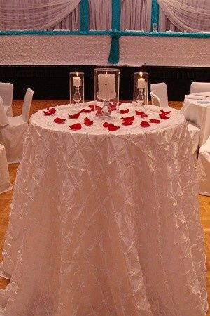 unity candle table pintuck white ceremony wedding