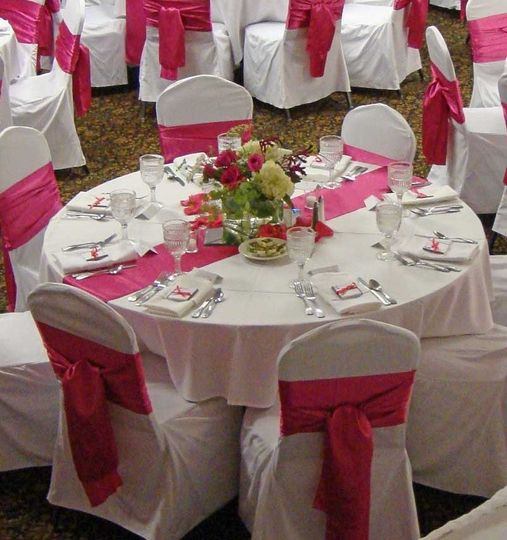 pink country inn suites mankato guest tables a lo
