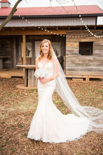 The bride |Lindsey Elaine Photography