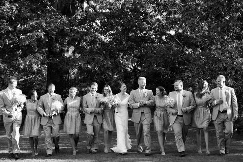 Wedding couple with groomsmen and bridesmaids