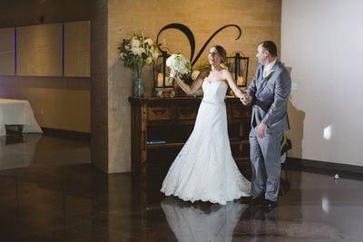 Tmx 400x400 1475167800407 The Venue In Leawood 18 51 151071 Kansas City, Missouri wedding officiant