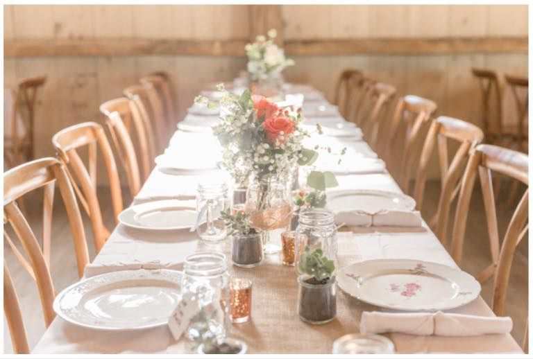 Dishes, burlap runners, linens