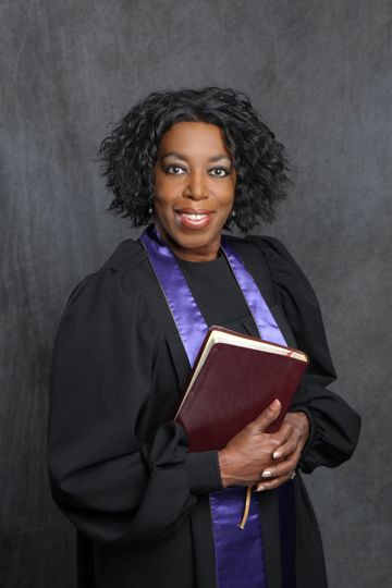 Pastor Pam