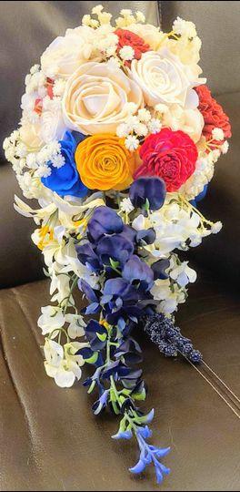 Bride's cascading bouquet