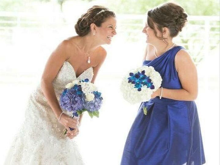 Tmx 1516136038 6cb5413f152edba5 1516136037 5fe8e2fc22823ccd 1516136035580 6 Lis11 Milwaukee, WI wedding florist