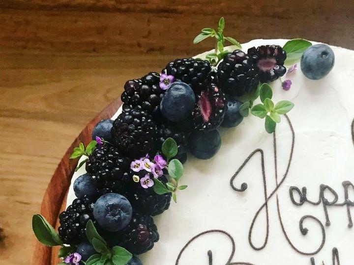 Tmx E4672e6d 72c6 4f98 Bacb 729e8aef1af0 51 1045071 1561126017 Nantucket, MA wedding cake