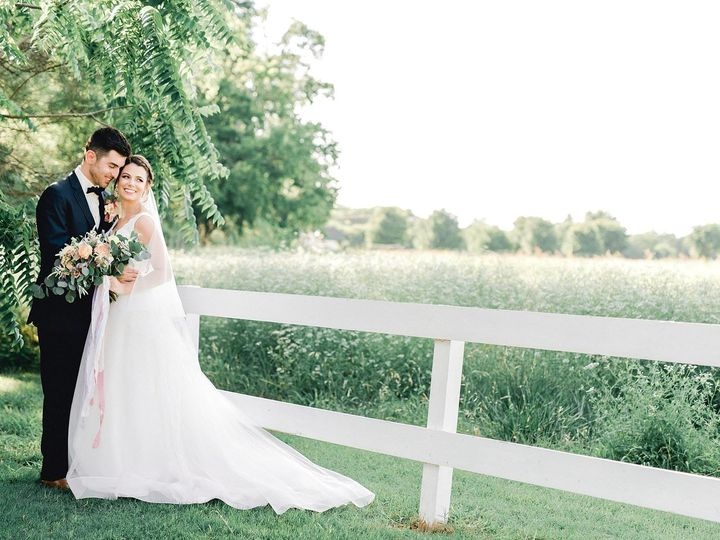 Tmx 1529599790 5391a1debd55c3ed 1529599788 2219e319d9adf1ea 1529599764827 17 Maddie 2 Waxahachie wedding venue