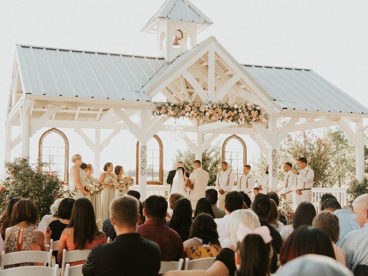 Tmx Dsc 4516 51 696071 Waxahachie wedding venue