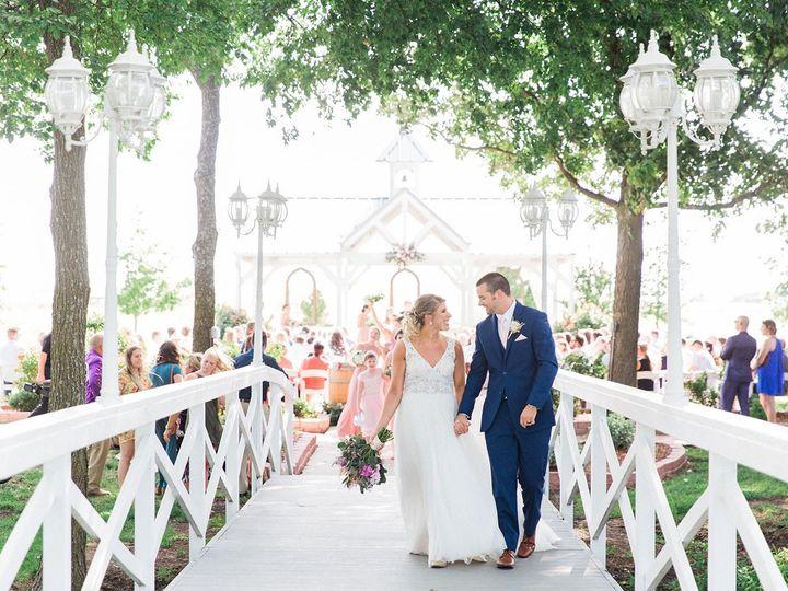 Tmx Knot Ww Photosjohanna Fischer Daniel 62119 Kortney Boyett21 Copy 2 Sm 51 696071 1571164789 Waxahachie wedding venue