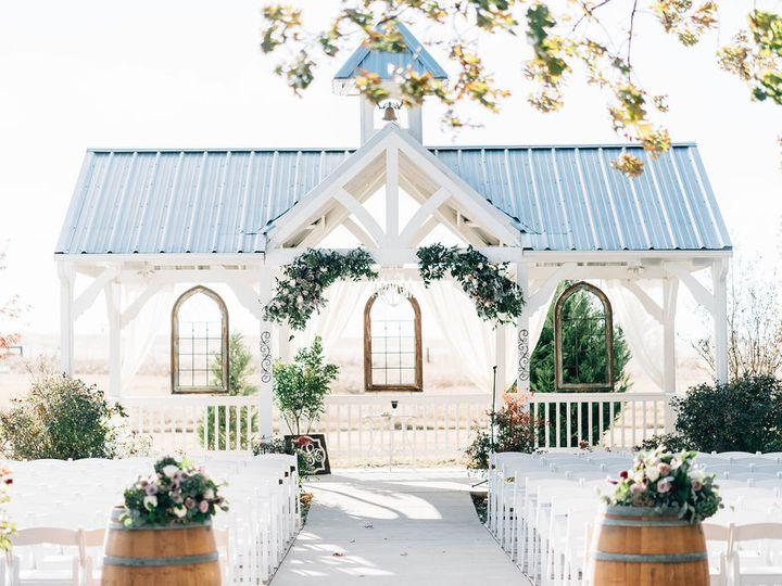 Tmx Sievers Farmer 260 51 696071 V2 Waxahachie wedding venue